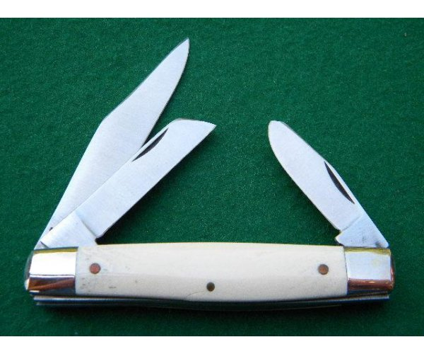 Schrade IXL George Wostenholm Sheffield England Ship and Lighthouse Scrimshaw Stockman Knife