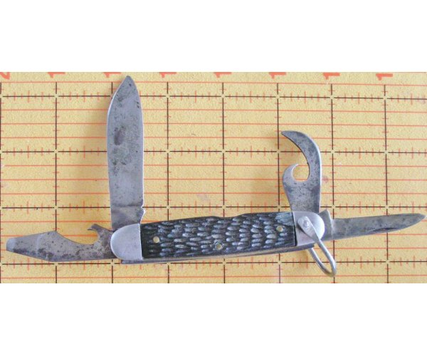 Imperial Procidence R.I. Scout utility 4 blade nice old and dirty blades,handle great. See photo's