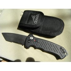 Gerber USA Auto 06 Tanto Automatic Knife Aluminum 37quot S30V Black Serr Wpouch Made in USA