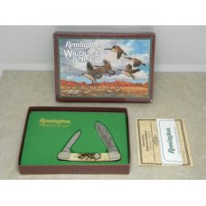 Remington USA Stag Canoe 2002 Wildlife Knife in Box