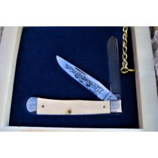 CASE XX 1989 MASTODON IVORY TRAPPER WITH DAMASCUS & STEEL BLADE NICE MARBLE DISPLAY BOX