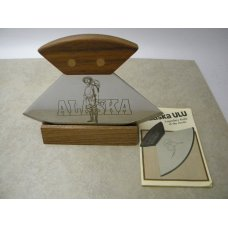Alaska ULU Walnut Arctic Skinner Knife in Box w/Display Stand
