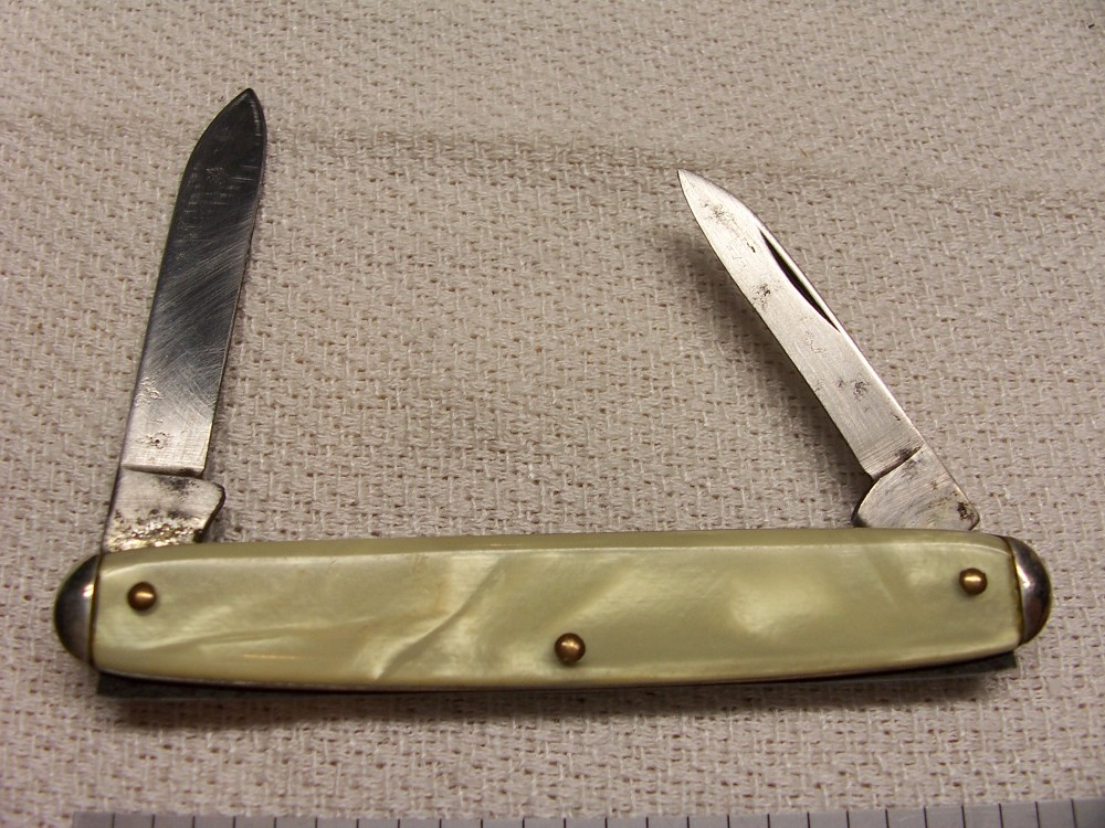 Camco Advertising Small Equal End Pen Knife Imitation Pearl Handles Circa 1948 1960 S