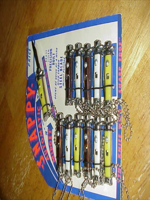 SUPER RARE Vintage Colonial SNAPPY switchblade Display  All